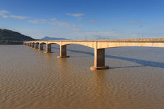 Japansk bro över Mekonget River Royaltyfria Foton