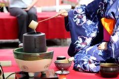 Japansk ceremoni för grönt te Royaltyfri Foto