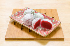 Japansk efterrättbakgrund/japansk efterrätt/japansk efterrätt på träbakgrund Royaltyfri Fotografi