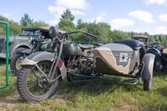 Japansk gammal militär Rikuo motorcykeltyp 97 (en kopia av Harley-Davidson) på det 3rd internationella mötet av Royaltyfria Bilder