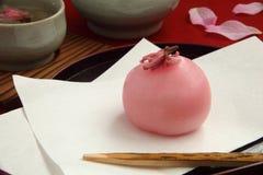 Japansk konfekt och te fotografering för bildbyråer