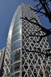 Japansk modern arkitektur som bygger i Shinjuku Arkivfoto