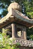 Japansk orientalisk stenträdgårdlykta Arkivfoto