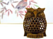 Japansk stil för handgjord träugglabakgrund royaltyfri fotografi