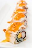 Japansk sushi för rulle för kokkonstlaxnigiri Fotografering för Bildbyråer