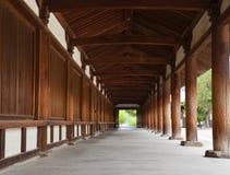 Japansk tempelkorridor Fotografering för Bildbyråer