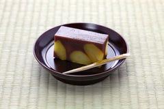 Japansk traditionell confection, yokan kurimushi fotografering för bildbyråer