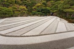 Japansk zenträdgård i Kyoto Arkivbild