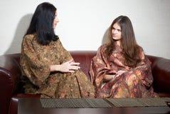 japanska brunnsortkvinnor Arkivbild