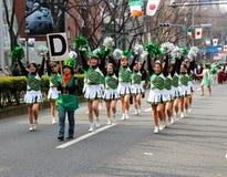 Japanska stolledare för Sts Patrick dag ståtar Fotografering för Bildbyråer