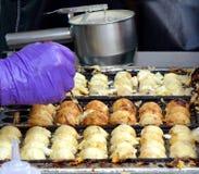 Japanska tioarmad bläckfiskbollar för matlagning Royaltyfri Foto