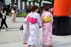 Japanska traditionella japanska kläder för kvinnakläder (kimonot och Yu Royaltyfri Foto