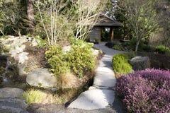 Japanträdgård på den Bellevue botanisk trädgård Arkivfoton