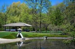 Japanträdgård på den Montreal botaniska trädgården Arkivfoto
