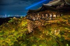 Japnese寺庙Kiyomizu在晚上,京都 图库摄影