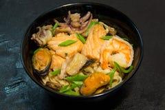Japończyk lub owoce morza posiłek Koreański lub Chiński kluski Garnela Zdjęcia Royalty Free