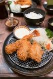 Japońska kuchnia - Tempura wieprzowina i garnela Głęboko Smażący () Zdjęcie Royalty Free