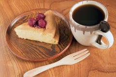 Japoński bawełniany cheesecake z malinowym kumberlandem Zdjęcie Stock