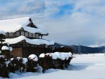 Japoński dom wiejski, śnieg Obrazy Royalty Free
