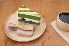 Japoński matcha zielonej herbaty tort i śmietanka Zdjęcia Stock