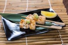 Japoński swordfish Kushiyaki, Skewered i Piec na grillu mięso Zdjęcia Stock