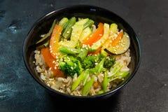 Japoński, Tajlandzki lub Chiński owoce morza posiłek zupa kluski Zdjęcia Stock