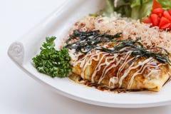 Japoński Omelette z Okonomiyaki kumberlandem Zdjęcie Stock