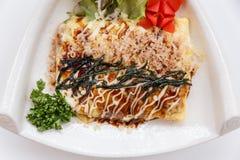 Japoński Omelette z Okonomiyaki kumberlandem Zdjęcia Royalty Free