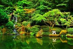 Japonés Zen Lake Botanical Garden, Feng Shuei Fotos de archivo libres de regalías