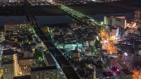 Japonia ruch drogowy przy nighttime i pociąg upływamy 4K zdjęcie wideo
