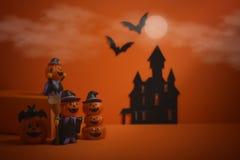 Jaque-o-lanterna das abóboras de Dia das Bruxas no fundo alaranjado Fundo feliz da abóbora de Halloween Halloween Jack-o-lanterna Foto de Stock