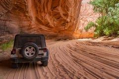 Jar De Chelly, ATV na piaskowatym śladzie fotografia royalty free