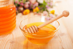 Jar of honey Stock Photography