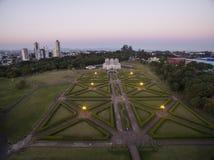 Jardín botánico de la visión aérea, Curitiba, el Brasil En julio de 2017 fotos de archivo