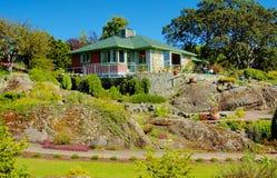 Jardín de Abkhazi - casa principal Fotos de archivo libres de regalías