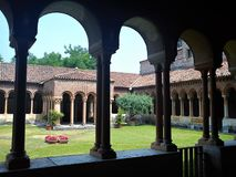 Jardín de la basílica de San Zeno Maggiore en Verona Fotos de archivo
