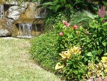 Jardín de la característica del agua Imagenes de archivo
