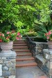Jardín de la escalera Foto de archivo libre de regalías