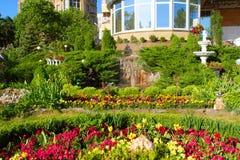 Jardín de la vecindad fotos de archivo