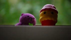 Jardín de la ventana del helado del juguete metrajes