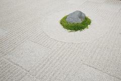Jardín de roca japonés del zen Imágenes de archivo libres de regalías