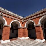 Jardín de Santa Catalina Monastery, Arequipa, Perú imágenes de archivo libres de regalías