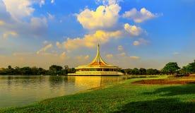Jardín de Suanluang RAMA Public Park, el más grande Foto de archivo