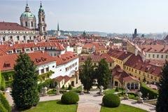 Jardín de Vrtbovska, Praga, República Checa Foto de archivo