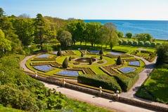 Jardín del castillo de Dunrobin foto de archivo