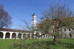 Jardín del monasterio de la abadía del benedictino de Ottobeuren Imagenes de archivo