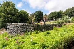 Jardín del río en Kilsheelan Imagen de archivo libre de regalías