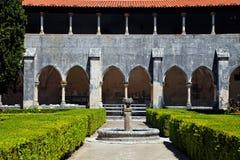 Jardín en el monasterio de Batalha, Portugal Fotografía de archivo