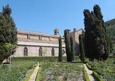 Jardín en la abadía de Fontfroide Fotografía de archivo