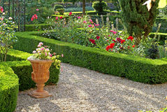 Jardín formal en Provence Fotos de archivo libres de regalías